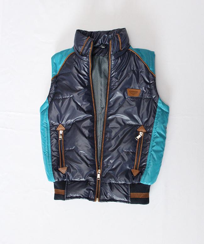 Куртка-жилетка демисезонная на подростка темно-синяя. Куртки-жилетки ... 9d865129d2c01