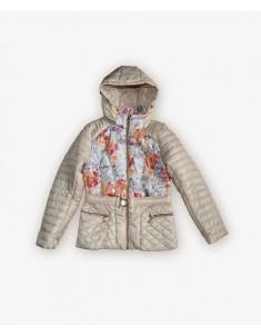 Куртка демисезонная на девочку молоко. Размеры 30-40
