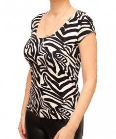 Футболка женская зебра. Размер: 40-56